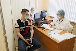 Vaccination of the population with the new EpiVacCorona vaccine in polyclinic №7.