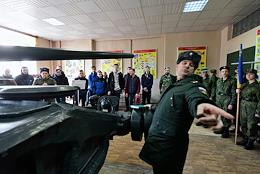 Open door day at the military unit. 56th Guards Center for Training Junior Specialists of Motorized Rifle Forces in Sertolovo