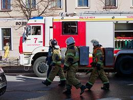 Genre photography. Fire brigade on Mayakovskaya street.