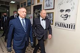 Jubilee evening of the artistic director of the Raikon Variety Theater Yuri Galtsev on the stage of the Raikin Variety Theater.