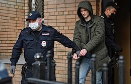 Hearing of the criminal case against Sergei Vasilenko, accused of setting fire to a Rosgvardia car at an unauthorized rally on January 31, at the Presnensky District Court. The situation at the court.