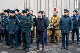 Farewell to the commander of the fire and rescue unit No. 64 Ilya Beletsky, who died while extinguishing a large fire in the building of the Nevskaya manufactory in St. Petersburg.