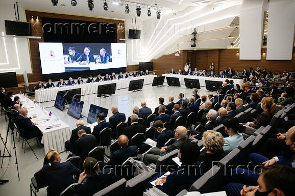 Meeting of the Sverdlovsk Regional Union of Industrialists and Entrepreneurs in the Sinara Center.