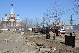 Laying paving stones on sidewalks in Gordeevka.