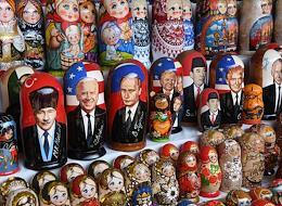Flea market on the territory of the Izmailovo Kremlin.