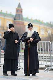 Manezhnaya Square. State Duma deputies before the Russian President's message address