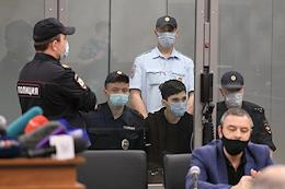 Election of a preventive measure for Ilnaz Galyaviev, suspected of attacking a school and shooting that killed seven children and two adults died, in the courtroom of the Soviet District Court