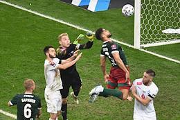 The final match of the BetCity Russian Football Cup of the 2020-2021 season. Krylya Sovetov (Samara) vs Lokomotiv (Moscow) at the Nizhny Novgorod stadium.