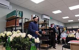 A press tour in the Muhammadiya madrasah around the historic building after the restauration.