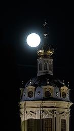 Full moon in St. Petersburg. Peter and Paul Cathedral.