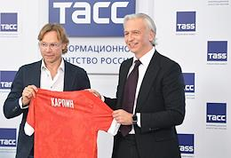 Press conference of RFU President Alexander Dyukov and head coach of the Russian national football team Valery Karpin at the press center of the TASS news agency.