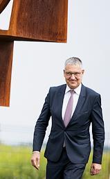 United Russia Ambassador Markus Ederer, Governor of the Kaliningrad Region Anton Alikhanov, Roman Aranin at the Observer plant in Kalininrad.