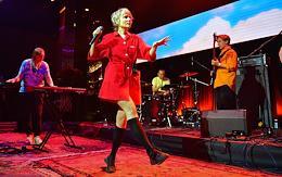 Concert of Kate NV at Strelka bar.