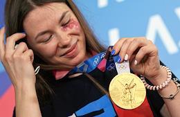 Meeting of the Olympic champion Marta Martyanova at the Kazan airport.