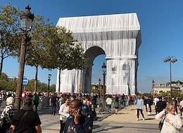 Art installation 'Arc de Triomphe. In wrapper' by the American artist of Bulgarian origin Hristo Yavashev. The artist passed away in 2020. The project was carried out by his nephew Vladimir Yavashev.