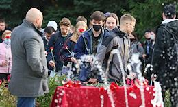 Memorial in memory of those killed during the shooting at the Perm State National Research University (PGNIU) in the Lenin Garden in Kazan.