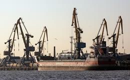 Departure of the nuclear submarine 'Leninsky Komsomol' to Kronstadt.