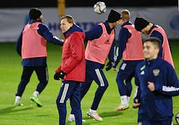Open training session of the Russian national football team dedicated to the preparation of the national team for the qualifying matches of the 2022 World Cup with Slovakia and Slovenia at the Novogorsk training center.