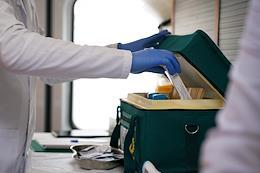 Influenza vaccination mobile station near metro Tverskaya