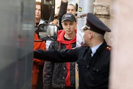 Prolongation of the measure of restraint for blogger Yuri Khovansky in the Kuibyshevsky district court. Situation near the court