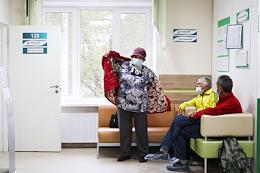 Vaccination of Nizhny Novgorod residents from the coronavirus COVID-19 with the Sputnik V and Sputnik Light vaccines in the clinic No. 4 of the Kanavinsky district of Nizhny Novgorod.